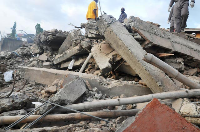 Collapsed-building-at-Ojodu-Berger.jpg