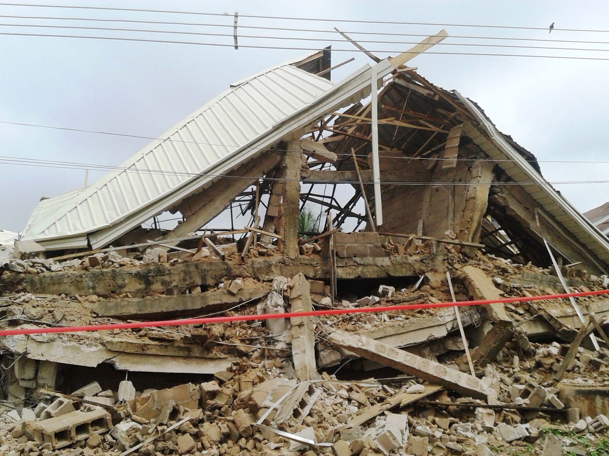 Three storey building collapses in Lagos – The Eagle Online