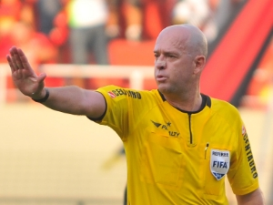 Referee-Heber-Roberto-Lopes.jpg