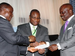Governor Emmanuel Uduaghan launching micro credit insurance scheme