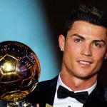 Cristiano Ronaldo dedicates Ballon d'Or win to late Eusébio - video