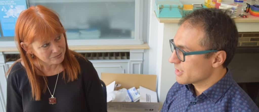 Reporter-Sarah-Spiller-talking-with-Bahar-Kimyongür-a-political-activis...-1-e1484258984816-1024x444.jpg