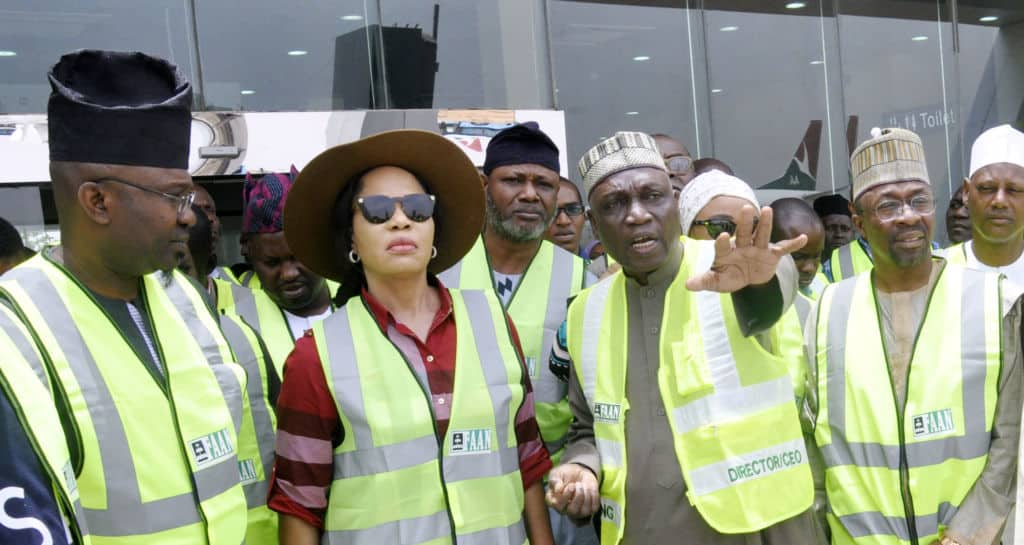 PIC-25.-MEMBERS-HOUSE-COMMITTEE-ON-AVATION-INSPECTS-KADUNA-AIRPORT-IN-KADUNA-e1490762657808-1024x545.jpg