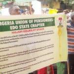 PIC. 9. EDO PENSIONERS PROTEST IN BENIN