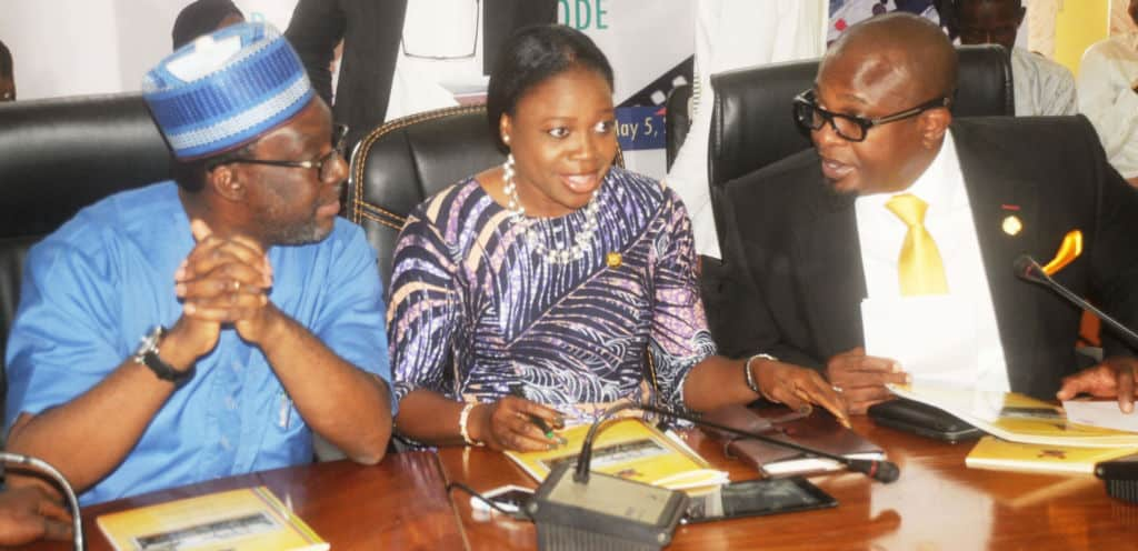 PIC-22.-MINISTERIAL-NEWS-BRIEFING-BY-LAGOS-STATE-LANDS-BUREAU-IN-LAGOS-1024x496.jpg