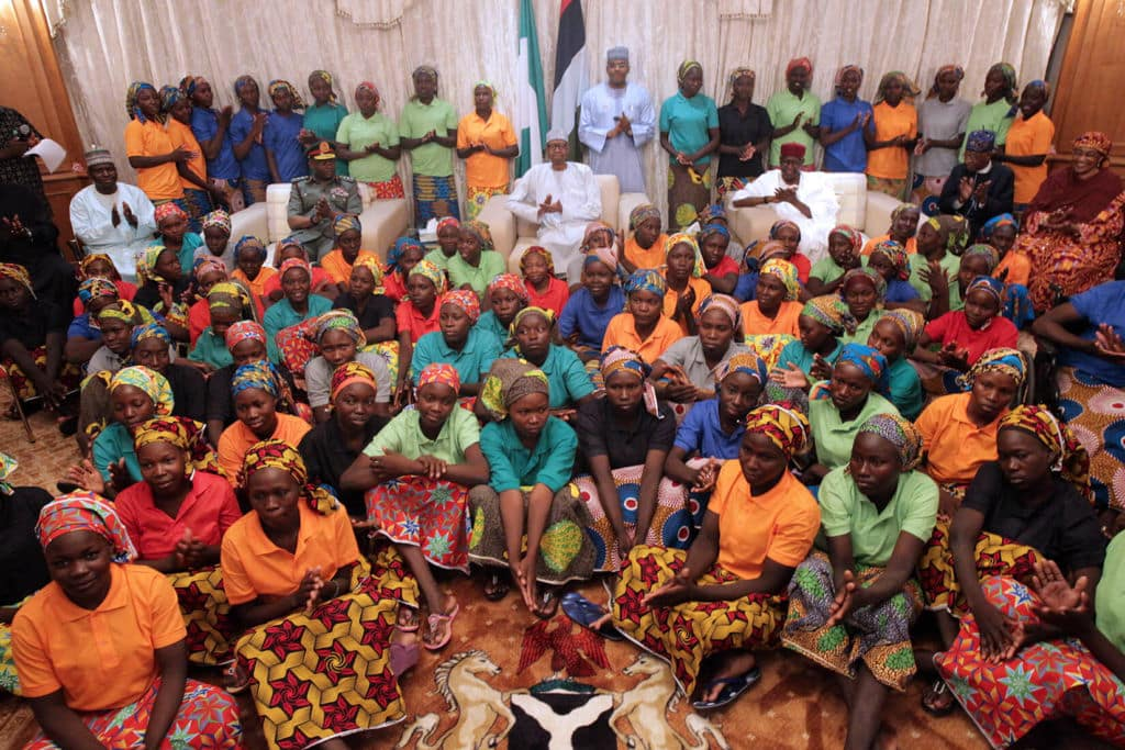 PIC.18.-PRESIDENT-BUHARI-RECEIVES-RELEASED-82-CHIBOK-SCHOOL-GIRLS-IN-ABUJA-1024x683.jpg