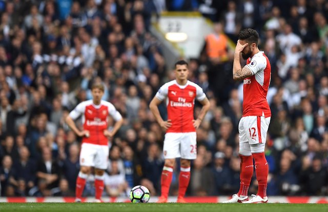 The-Face-of-defeat-Giroud-and-other-players.jpg