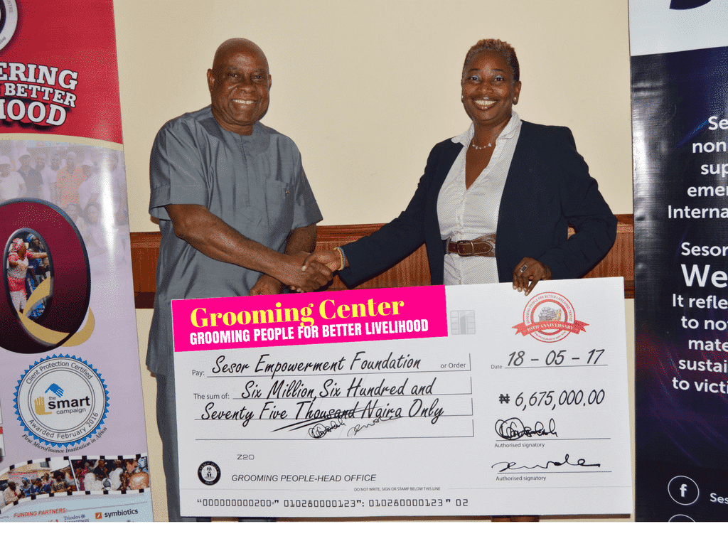 Cheque-presentation-1.png