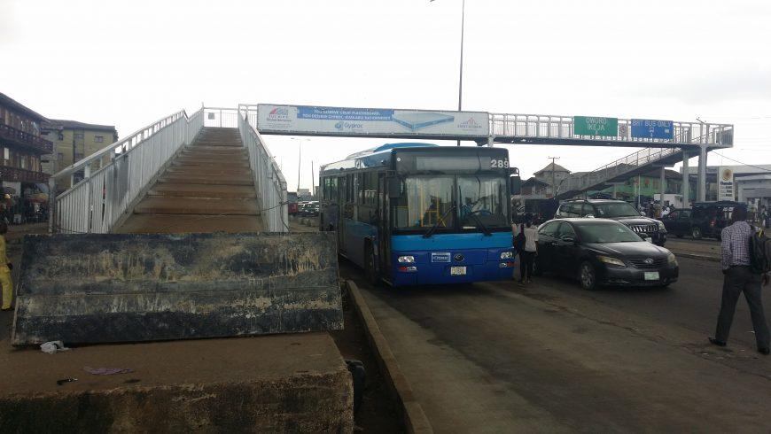 Lagos restricts movement on Ikorodu Road