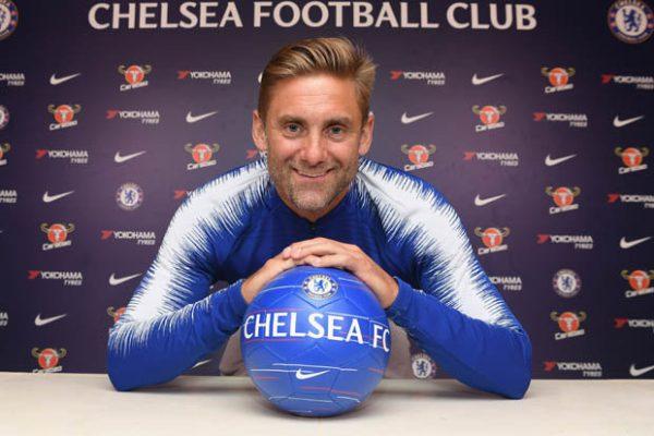 Chelsea goalkeeper finally leaves club