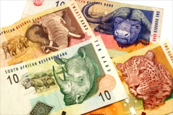 South African Rand Edges Higher Against Struggling Dollar