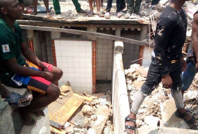 Building collapses in Lagos, school kids trapped, many feared dead