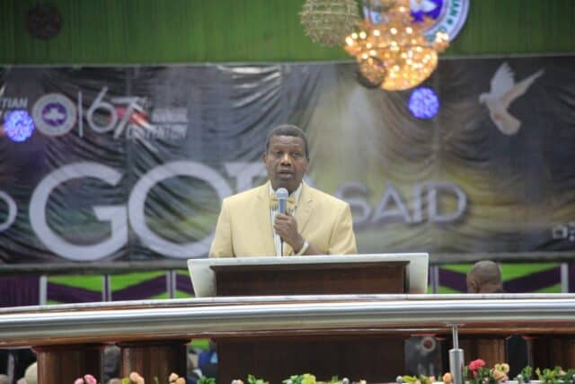 Adeboye ordains 12,811 Deacons and Deaconesses, 4,060 Assistant