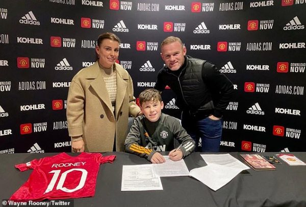 Rooney's son Kai signs for United